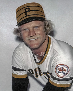 1976 Jerry Reuss Pittsburgh Pirates 7