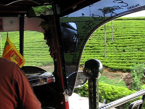 travel mountain asia asien factory view tea country hill hills sri lanka tuktuk asie srilanka hillcountry range 2010 haputale img0903 liptonseat dambatenne dembatenne
