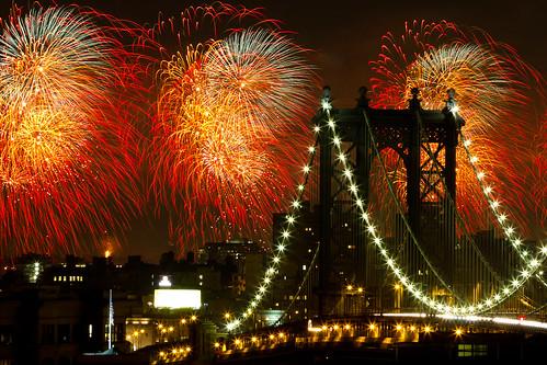 Macy's 4th of July fireworks 2010, New York City | by Barry Yanowitz