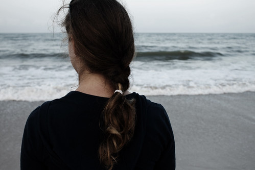 ocean light sunset sea beach girl canon dark hair jack friend waves florida song johnson best atlantic moonrise crop simple constellations jackjohnson braid 500d t1i togiveusjustenoughlighttolaydownunderneaththestarslistentoallthetranslationsofthestoriesacrosstheskywedrewourownconstellations