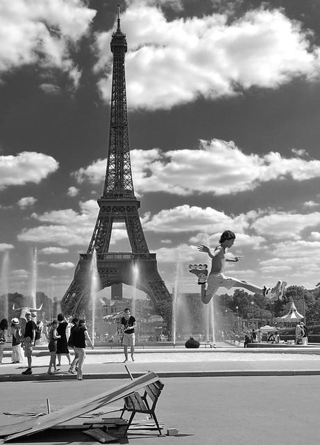 Salto dalla Tour Eiffel * Jumping from the Eiffel Tower