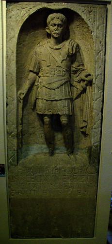 Tomba d'un centurió romà: Marc Favoni Fàcil
