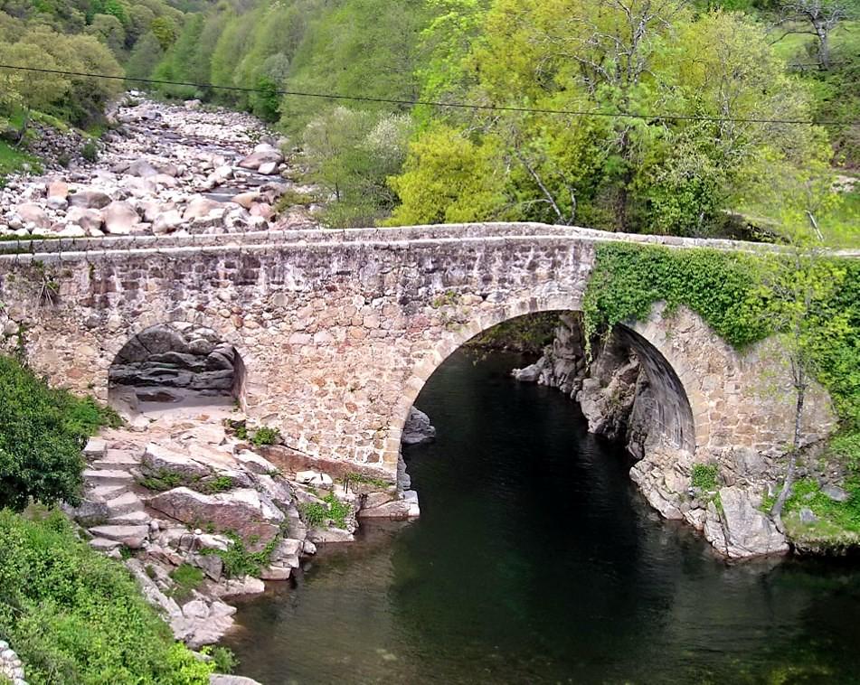 Losar De La Vera Caceres Garganta De Cuartos Puente Flickr
