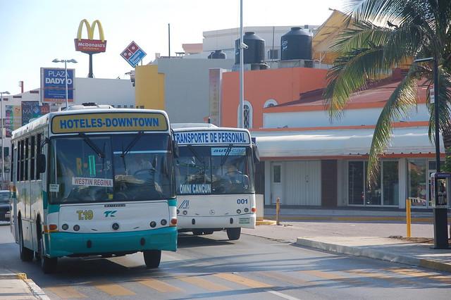 cancun bus mexico