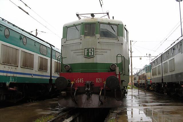E645.021 - DL Livorno - 19 dicembre 2004