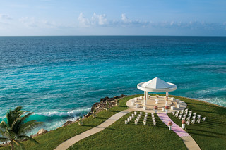 DRECU_WeddingGazebo1_1A[2] | by legacytravel