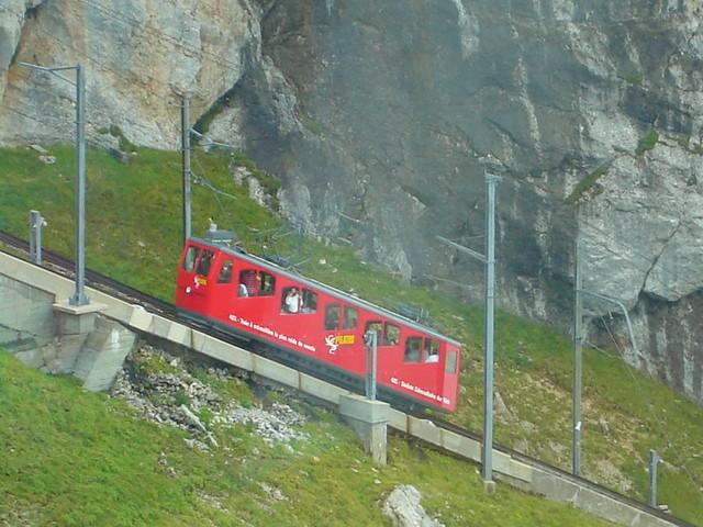 Pilatusbahn 2006 im Nebel