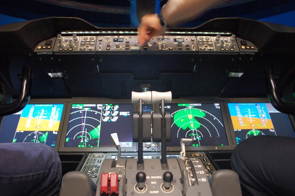 Boeing 787 Dreamliner Full Flight Simulator   Jon Ostrower   Flickr