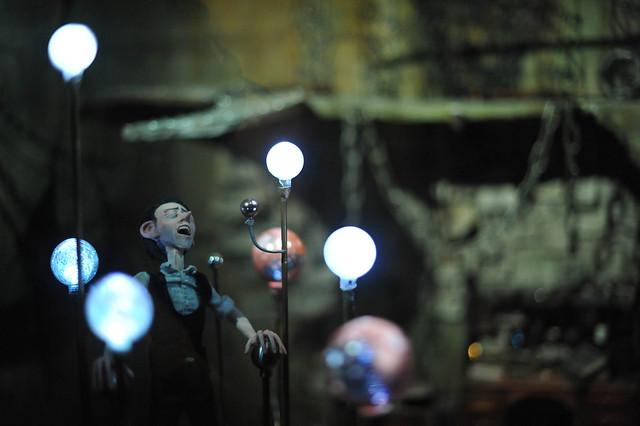 Singing Puppet - Corpse Bride?