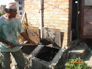 Removing treated faeces from UDDT in Nepal