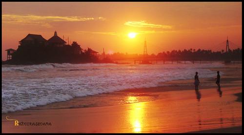 sunset beach kids couple afternoon sri lanka srilanka matara sedara viviter randika ransedo