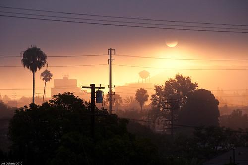 silhouette fog sunrise nikon watertower palm culvercity d90