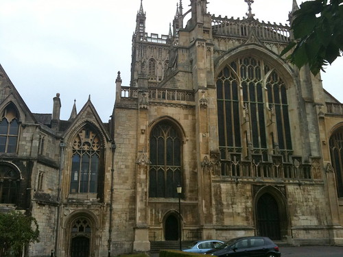 View of side entrances to Gloucester Cathedral | by Tip Tours