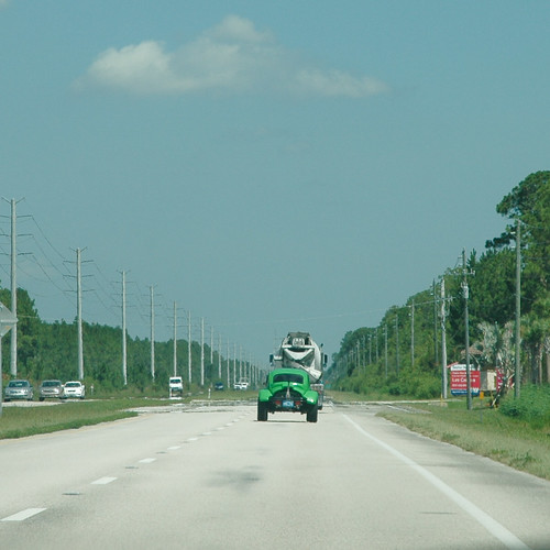 Strano veicolo