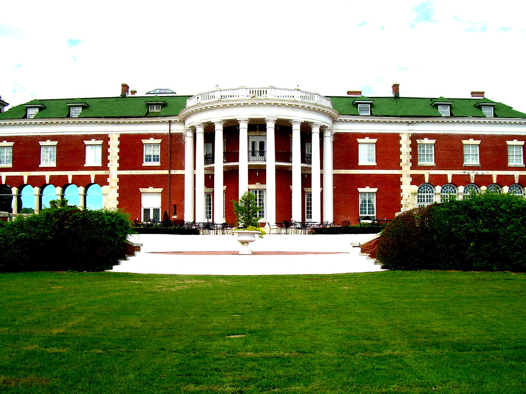 Indian Neck Hall