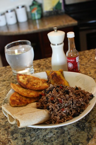 gallo pinto con queso frito | by arvindgrover