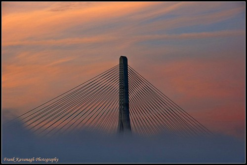 bridge kilkenny ireland summer sky colour nature fog clouds sunrise river dawn eire backlit emeraldisle waterford irlanda catflap riverscape mywinners irishphotographers kilkennyphotographers kilkennyphotographicsociety frankkavanaghphotography impecableimagen