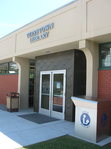 Terrytown Library Reopens