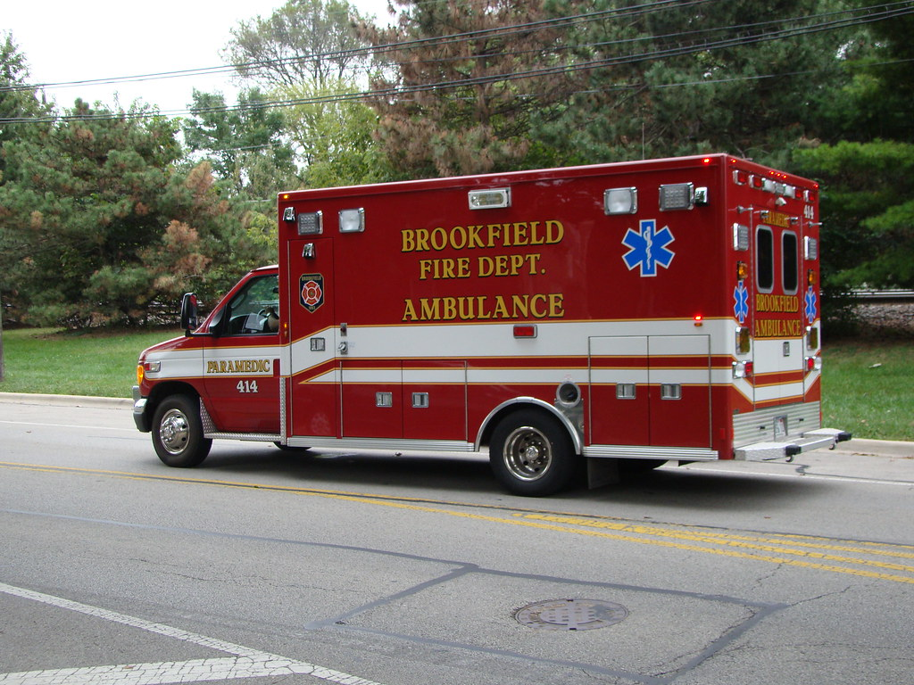 Brookfield EMS #414 | 414 Brookfield Il Ford Lifeline | Terry Spirek