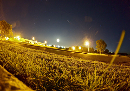 road light sky moon building tree grass night canon indian pole fisheye astrophotography flare jupiter 8mm haskell hinu prooptic t1i