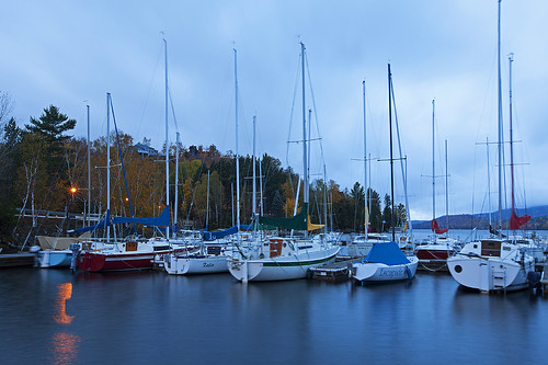 morning travel blue mist color colour fall colors sailboat marina boat quebec monttremblant lactremblant canoneos5dmarkii