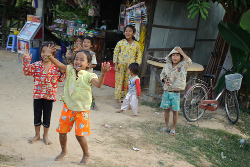 Khmer Kids Waving Hello | by goingslowly