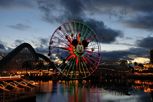 Disneyland California Adventure Paradise Pier | by Mike Saechang