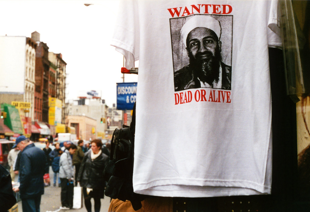 New-York: Oct.2001 near ground zero Osama bin Laden wanted Dead or Alive T. shirt