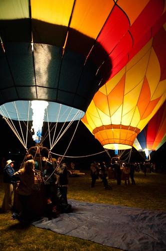morning field night lights air nevada balloon flame heat reno hotairballoons beforesunrise d90 dawnpatrol renoballoonrace ranchosanrafaelpark 1685vr greatrenoballoonrace2010 whyingodsnameamiupthisearly