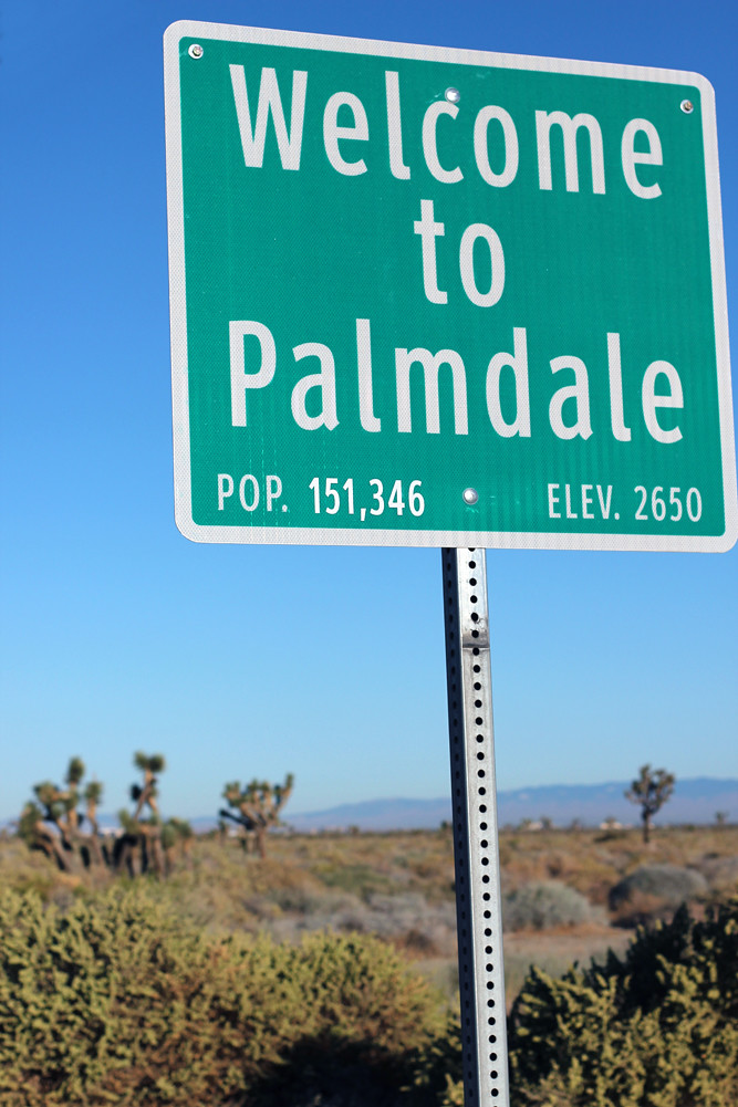 Welcome To Palmdale | Welcome sign in Palmdale, CA. | K!ngrum | Flickr
