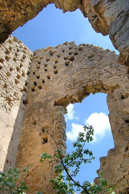 Vestiges - Chateau Sainte-Suzanne - Vins-sur-Caramy (Var)
