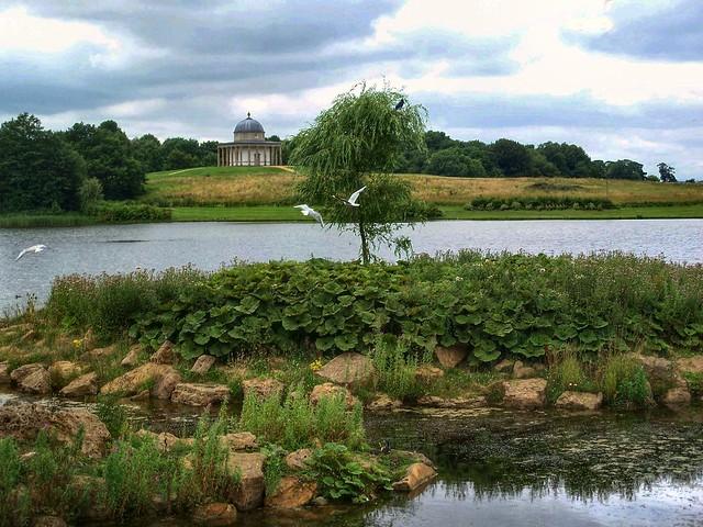 Hardwick lake