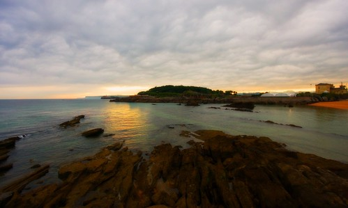 Amanecer en la ensenada del Sardinero Santander.Cantabria | by El Coleccionista de Instantes