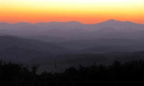sunset landscape northcarolina blueridgeparkway westernnorthcarolina southernappalachians ccbyncsa canonpowershotsx10is mountjeffersonoverlook