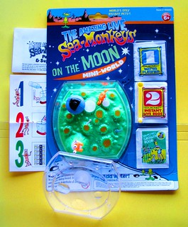 """sea monkeys on the moon"" pack 