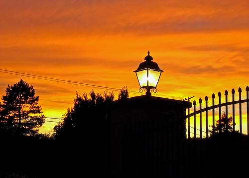 sunset ohio cleveland sunsetoverlakeerie kirtland holdenarboretum uponahill fallsunset lanterncourt