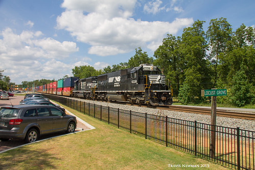 railroad train ns norfolk rr southern freight emd intermodal sd402 sd40e