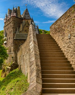 Approaching Castle Eltz | by Frawolf77