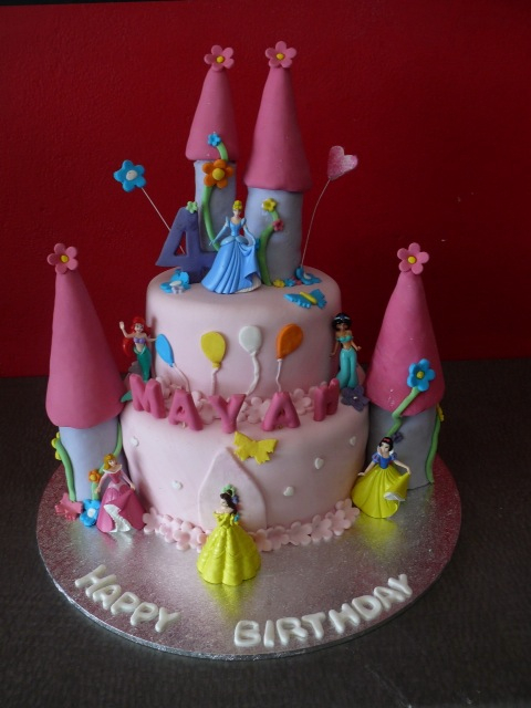 3D Disney Princess Castle Cake