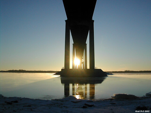 Pont Laviolette, 2002