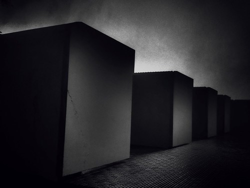 Dawn on the cubes
