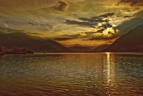 sunrise schweiz switzerland tessin ascona ticino alba locarno svizzera sonnenaufgang lagomaggiore mygearandmepremium mygearandmebronze mygearandmesilver mygearandmegold mygearandmeplatinum mygearandmediamond dblringexcellence