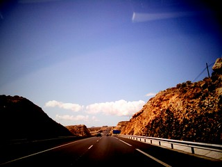 06 coche.autopista.jpg | by Mataparda