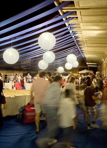 LaNocheDeLosNiños.org - intercambio de juguetes - ambiente nocturno | by ecosistema urbano