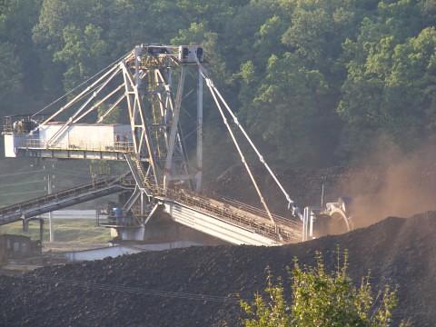Deposit-of-Coal_102884-480x360