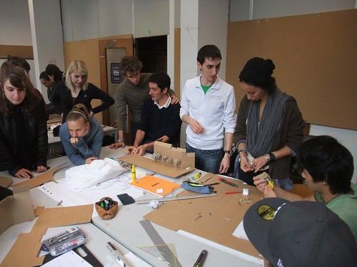 Atelier 02 (28.09.10) maquette collective d'un rond-point à Ixelles (38) | by Atelier 02