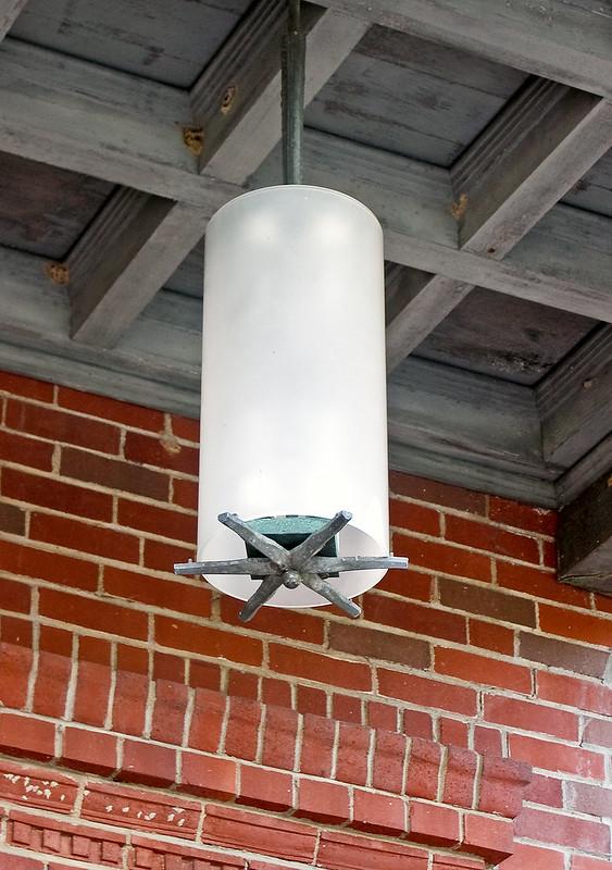 Charles Eames -- Meyer House, suspended light
