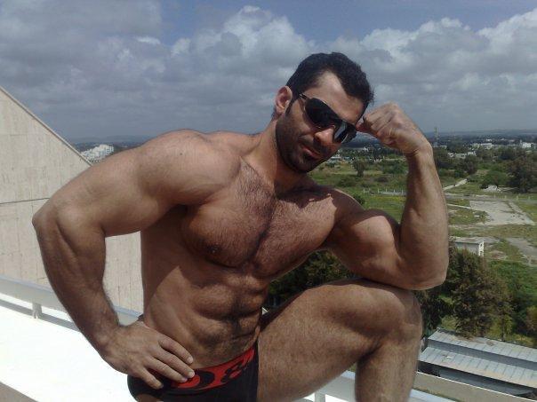 Muscle men hairy Rowing Coach