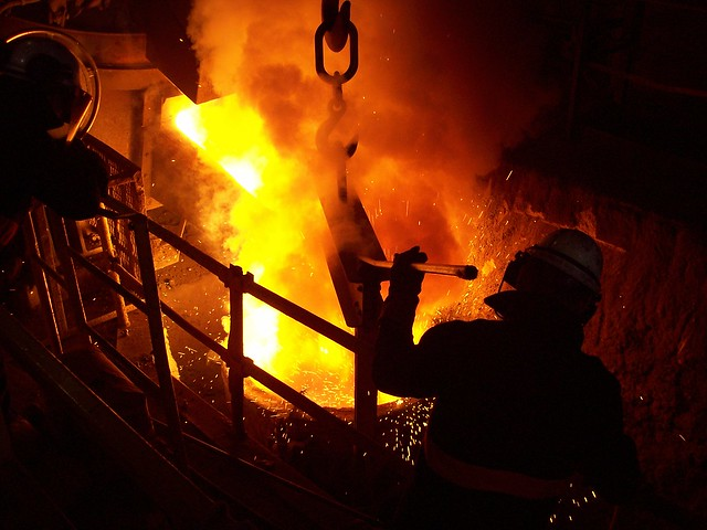 Transferring molten metal from the furnace to the ladle