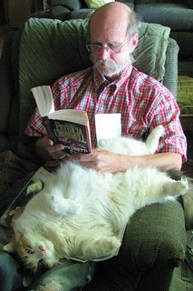 MIKE AND HIS CAT ^..^.....